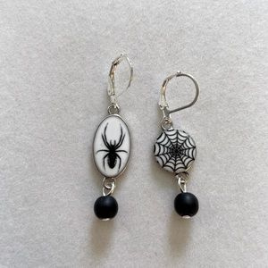 Spider and Web Earrings, Handmade and NWT
